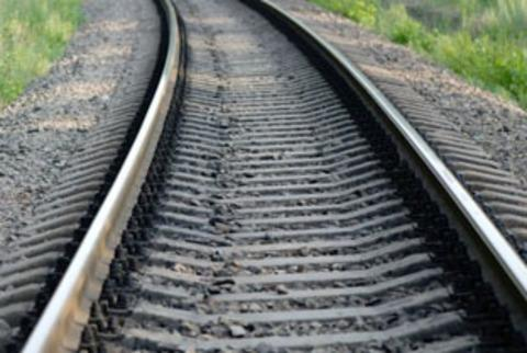 Hole reappears in rail track at Colwall