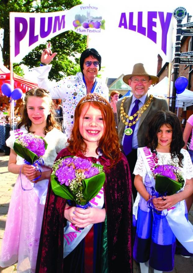 Pershore Plum Festival. Pictured with Plum Princess Alicia Mardle (centre) are, from left, Eleanor Gash, Rev Elvis Andy Kelso, Pershore mayor Charles Tucker and Hannah Smith.