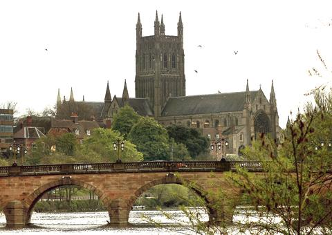 Evesham Journal: Worcester Bridge: county's Labour group does not want another