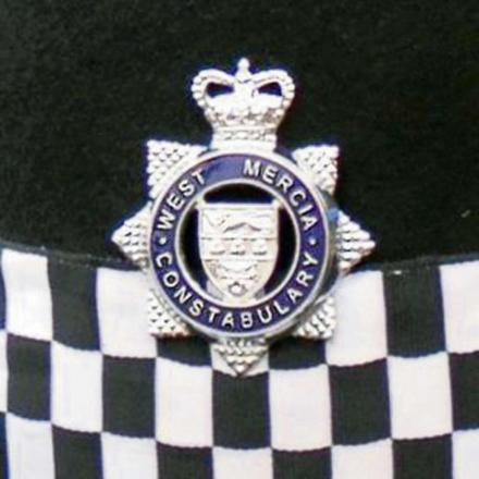 Jewellery and cash stolen from Bredon house