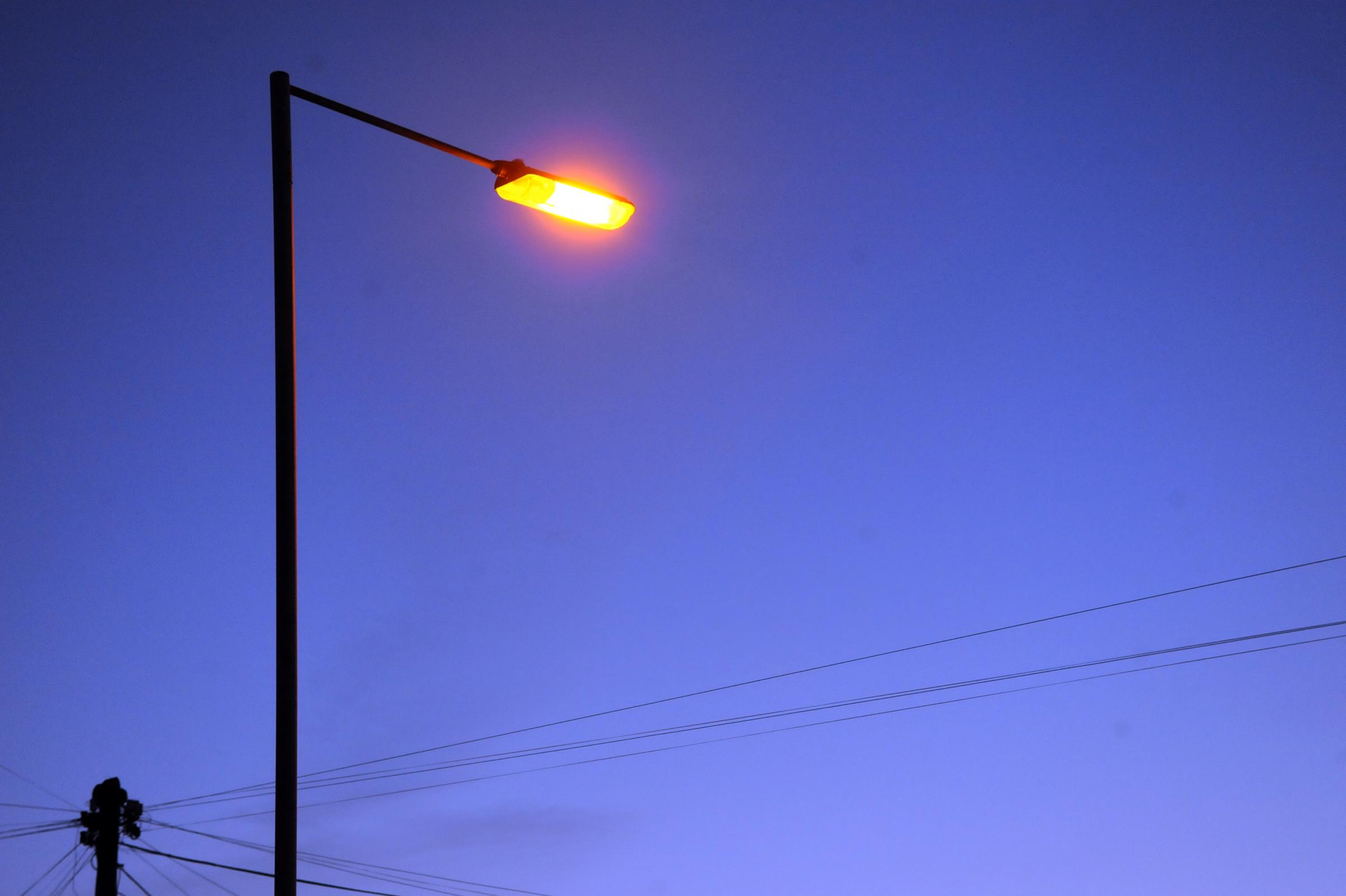 Street lights decision: 17,000 will go off at night