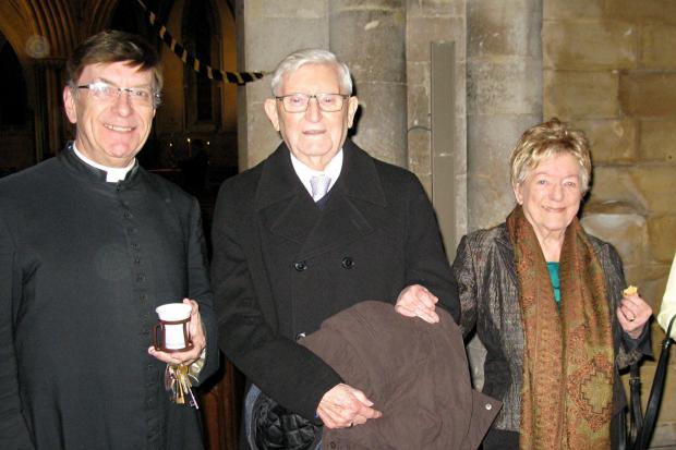 Laurence and Jean Croft from Pershore who were married in 1949 with Revd Kenneth Crawford.