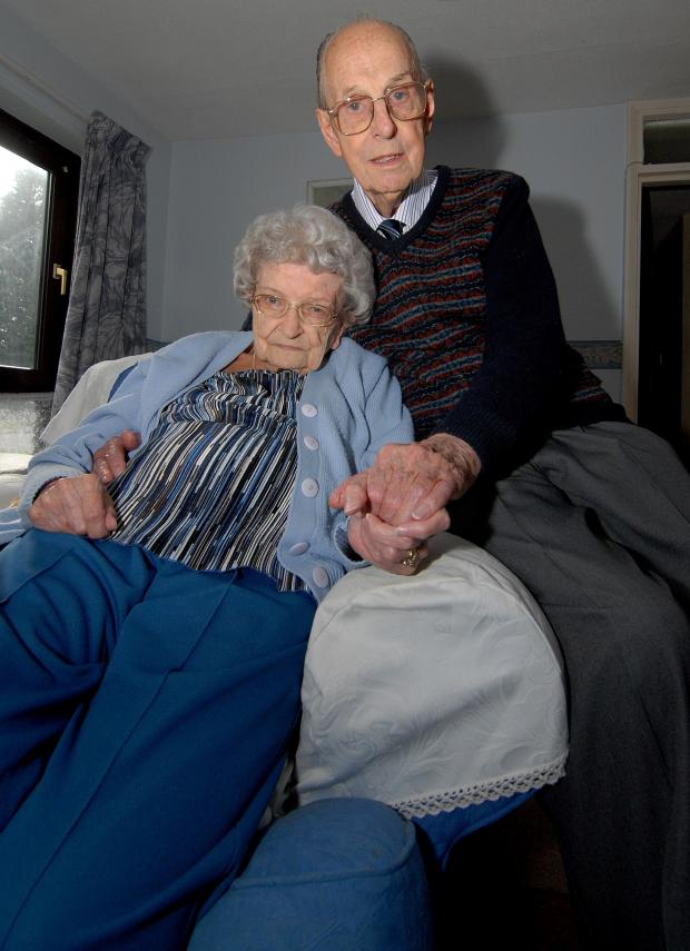 Evesham Journal: 1214549101. 18/03/14. Dorothy and Geoffrey Walker from Barnards Green celebrated their 60th wedding anniversary on March 13th. Picture by Nick Toogood. (4698498)
