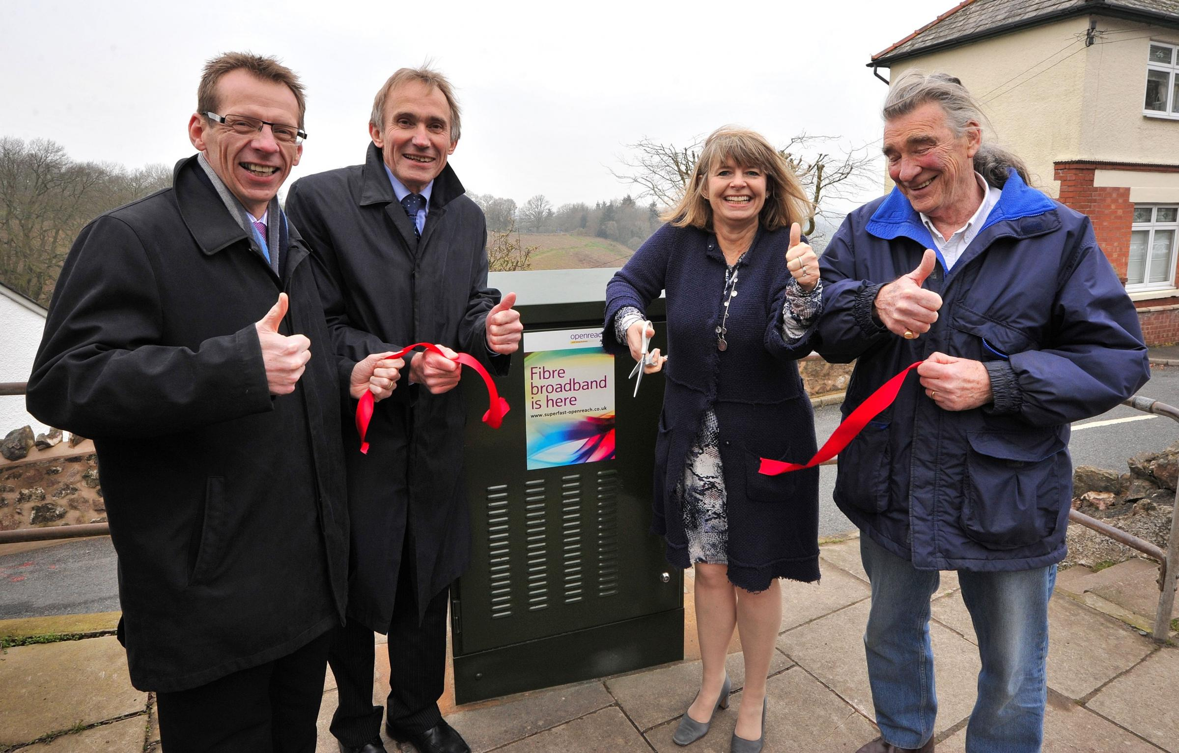 John Anyon         28/3/14         1314559101Fibre Broadband arrived in West Malvern.............Malvern Gazette editor, John Wilson, Regional Partnership Director fot BT, Ian Binks, MP for West Worcestershire, Harriett Baldwin and West Malvern Parish Cll