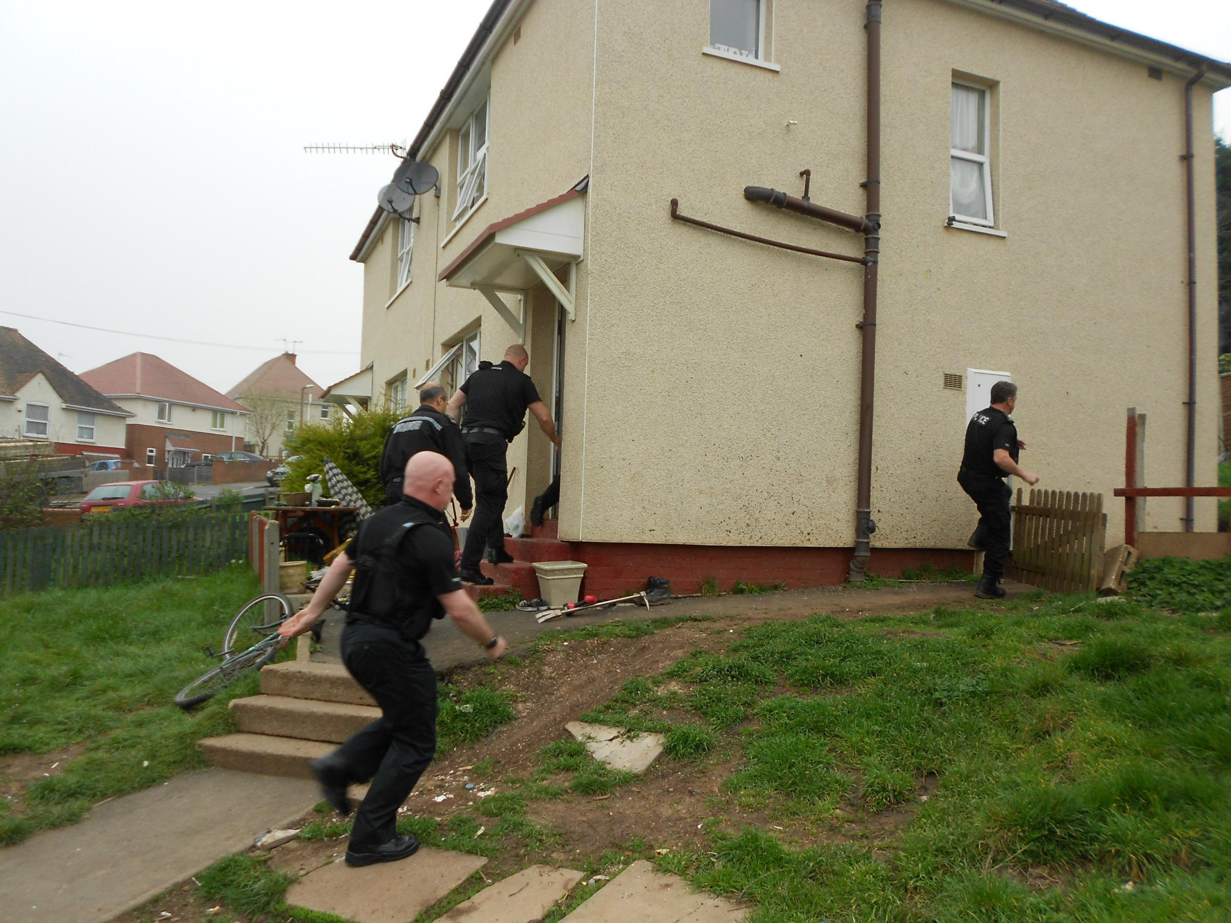 Drugs raids - police storm two houses in Tolladine, Worcester: PICTURES