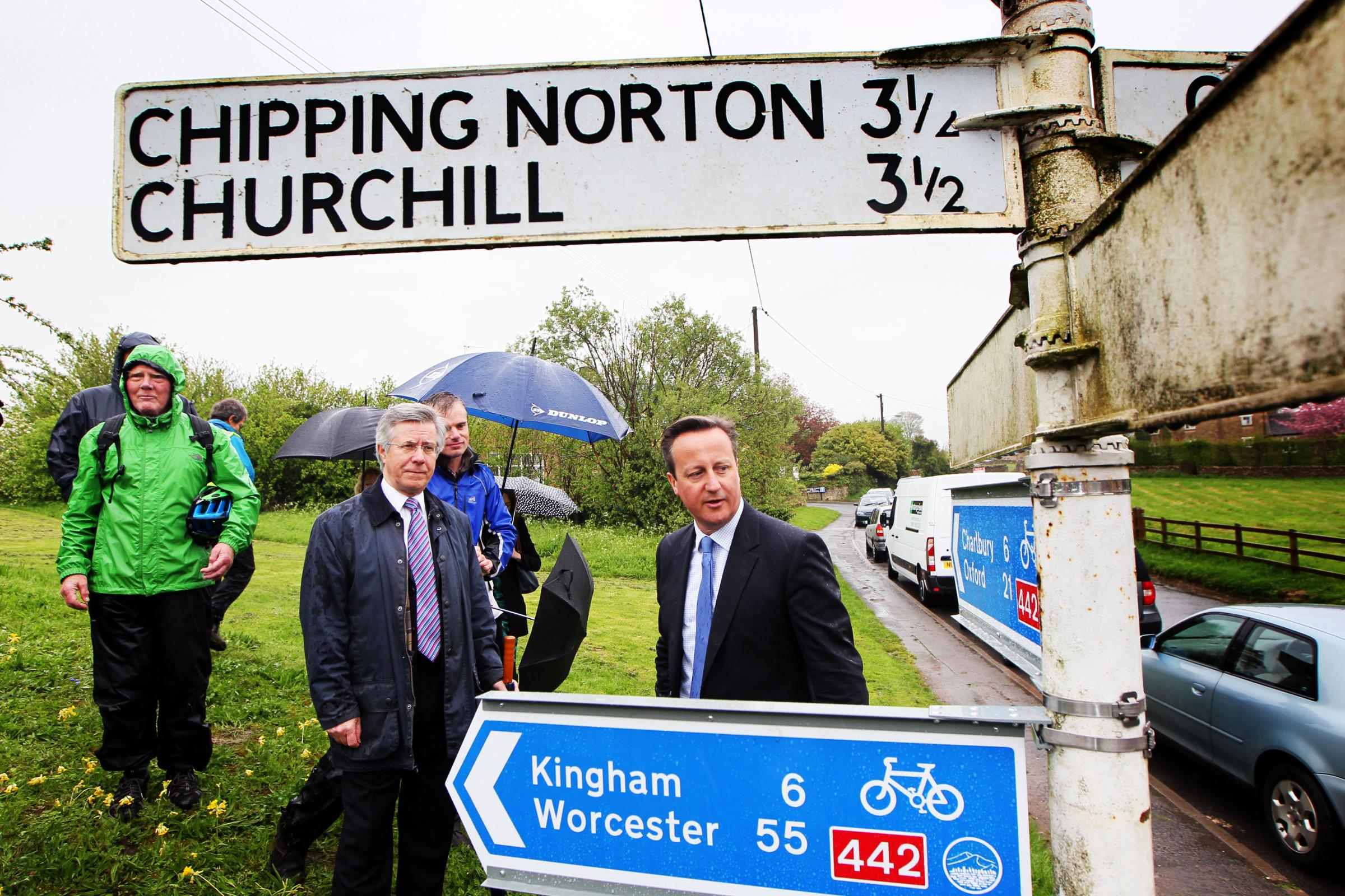 David Cameron opens new cycle route along the Cotswold Line