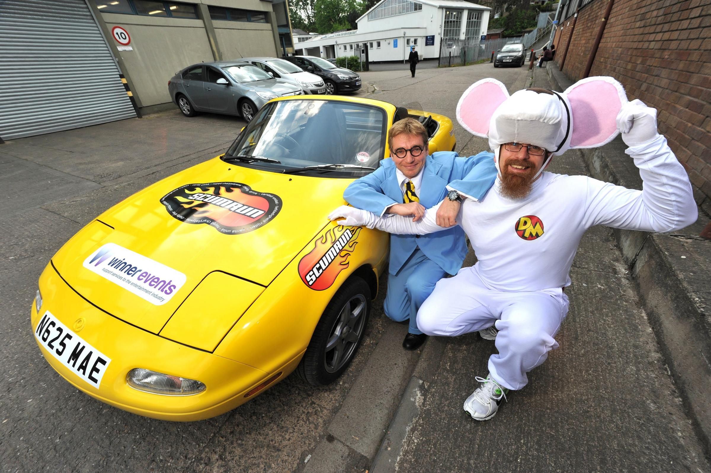 Danger Mouse takes part in bizarre Euro-rally!