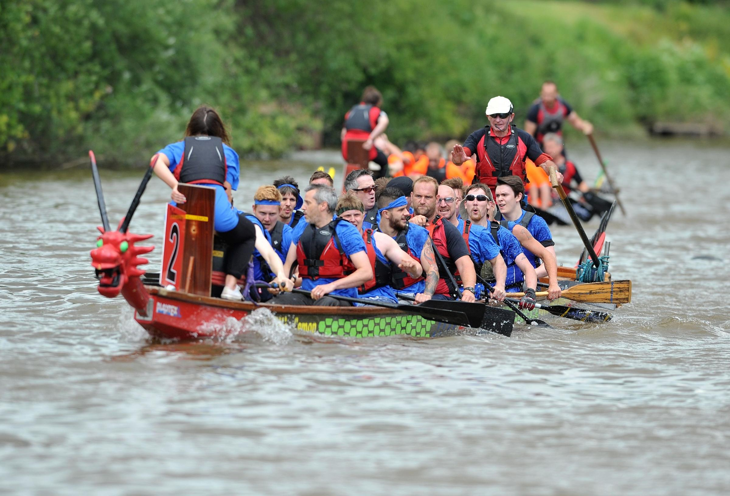 Hundreds take part in Worcester's Dragon Boat race