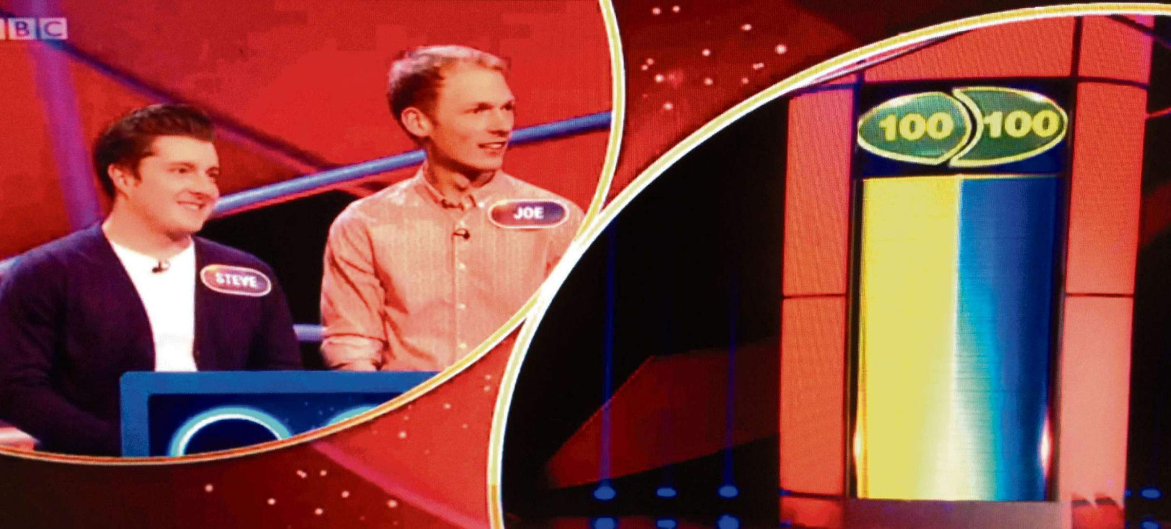 Steve Knight (left) on the BBC'S Pointless game show.
