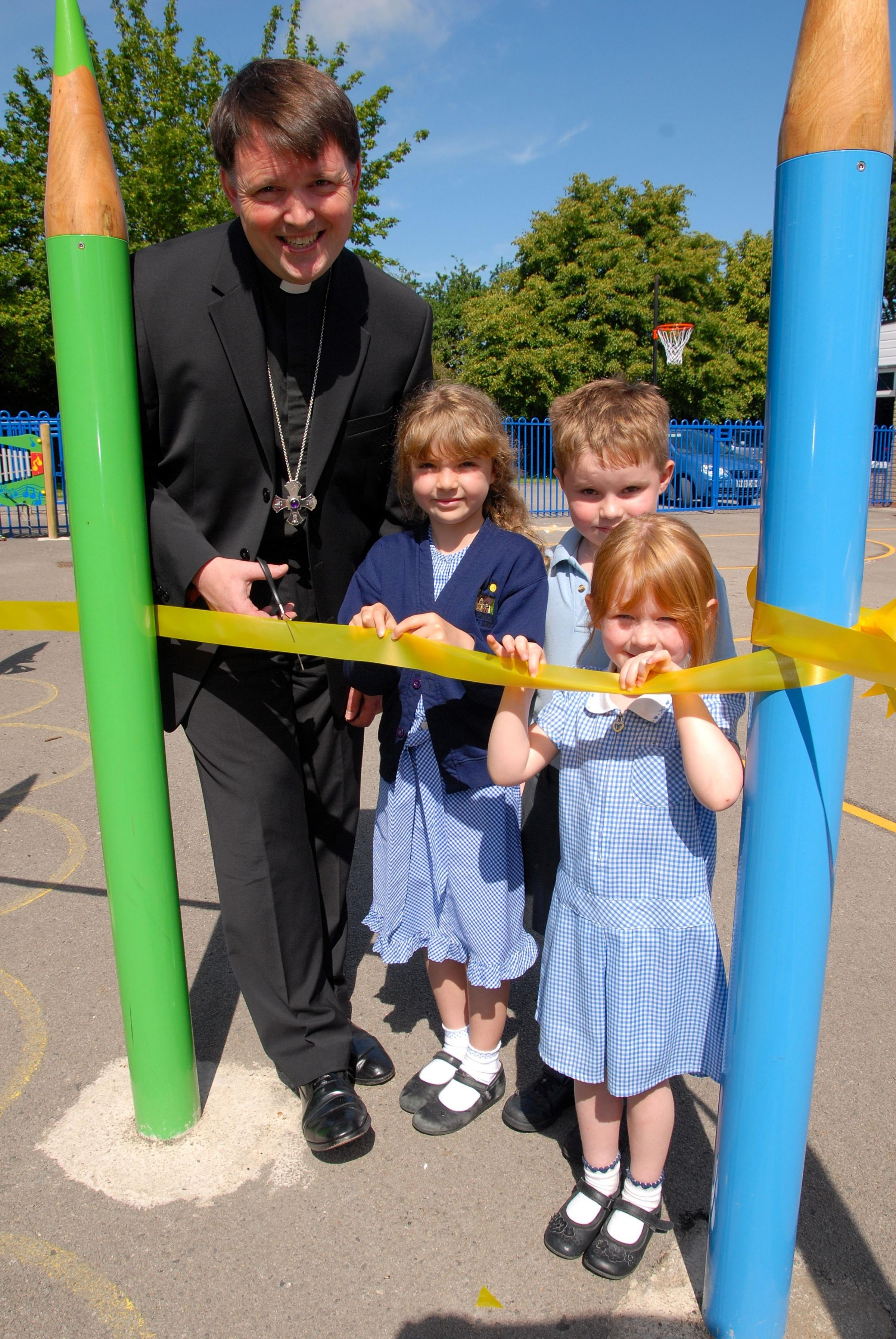 Children thrilled with £10,000 playground boost