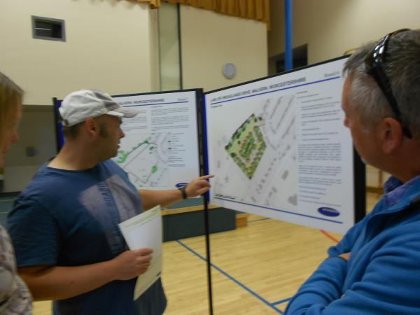 Residents discuss the Broadlands Drive proposal