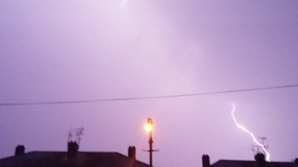 Evesham Journal: Lightning by Michael Beckley
