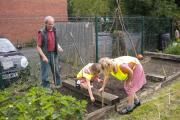 Pupils from Holy Redeemer School in Priest Lane, Pershore, preparing gardens for the open weekend.
