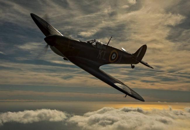 ICON: A Spitfire commanding the skies